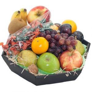 Fruitmand seizoensfruit met keelpastilles